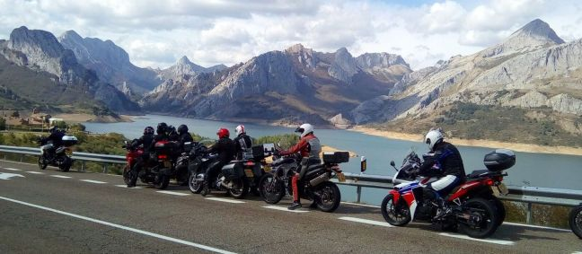 riana-view-with-bikes-web-size